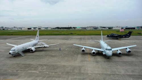 Boeing P-8A and Kawasaki P-1.jpg
