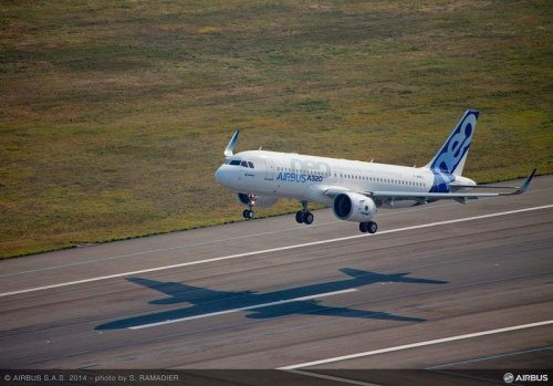 A320neo_first_flight_take_off_5.jpg