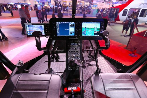 BellHelicopter_505JetrangerX_Cockpit.JPG