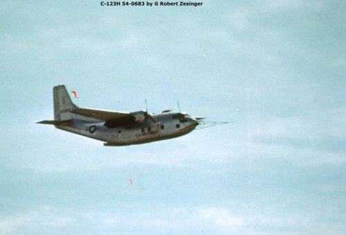 C-123H Provider 54-0683 with Fulton Skyhook.jpg