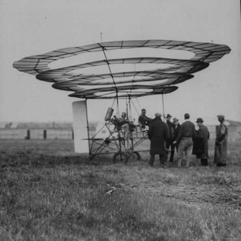 early-prototype-of-flying-machine-flying-doughnut-exhibited-at-curtis-field.jpg