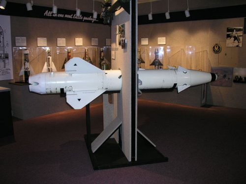 AGM-83-Bulldog-China-Lake-20031113-1.jpg