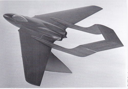 DH.110 early design model.jpg