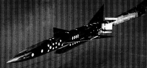 XF-103_EARLY_WIND_TUNNEL_TEST_MODEL.jpg