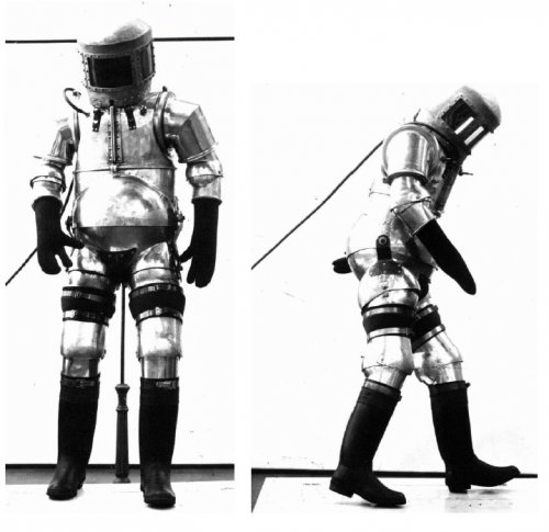 German WWII Aviator Pressure Suits | Secret Projects Forum