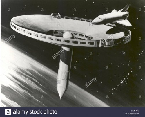 a-1977-concept-drawing-for-a-space-station-known-as-the-quotspiderquot-GE4HGE.jpg