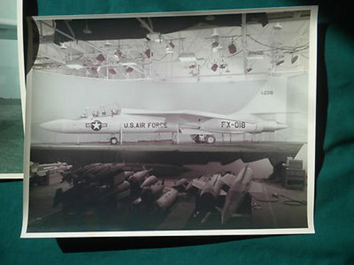 lockheed-cl-590-mockup-photo_1_792efd28a8b37f7db67ff5feef317d49.jpg