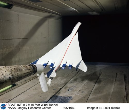 SCAT_15F_model_in_NASA_Langley_Research_Center_wind_tunnel.jpg