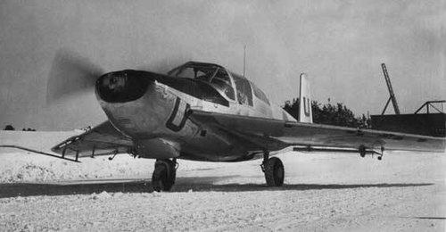 Sweden Saab 202 prototype Safir w wings of Lansen 1950.jpg