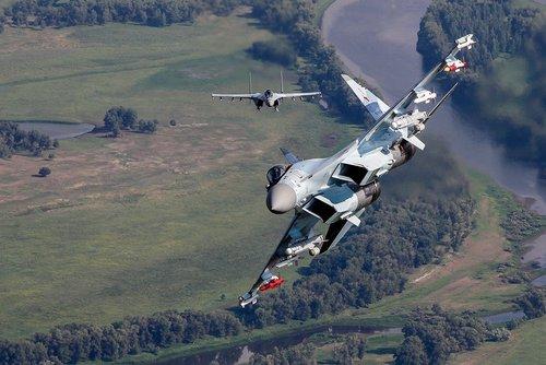 Força-Aérea-Russa-receberá-20-caças-Su-35S-até-o-final-de-2020-2.jpg