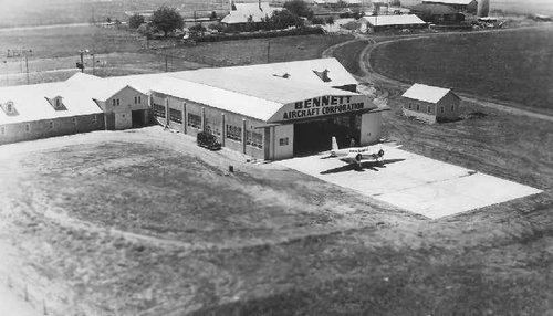 Globe_TX_Bennett_hangar.jpg