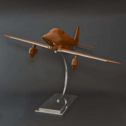 bentleys_aeronautical_walnut-wind-tunnel-model_01_3.jpg
