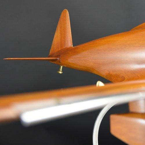 bentleys_aeronautical_walnut-wind-tunnel-model_11_1.jpg