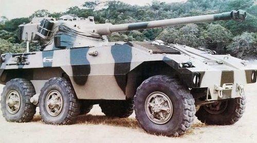 Brazil Engesa EE-17 Sucuri tank destroyer FL-12 turret.jpg