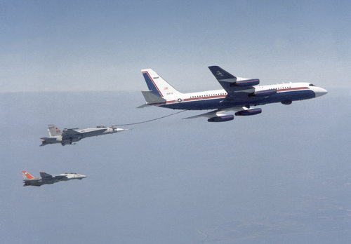a-convair-uc-880-aircraft-the-only-such-aircraft-in-us-navy-service-refuels-ce7734-1600.jpg