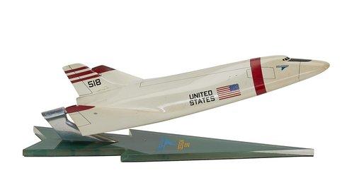 Grumman 518 Shuttle.jpg