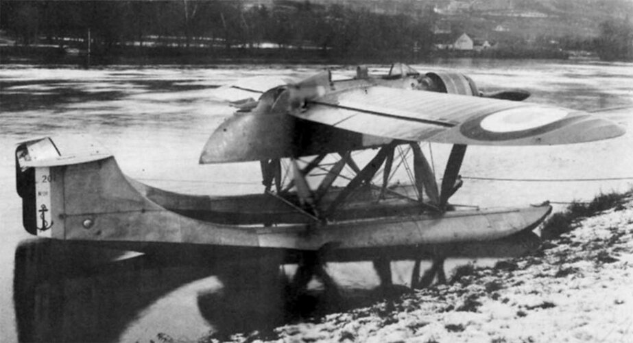 PL-201 pic 1.jpg