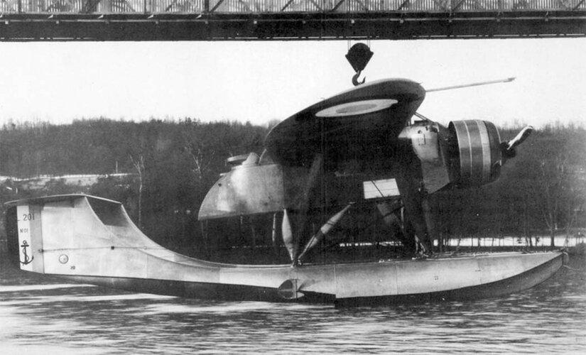 PL-201 pic 3.jpg