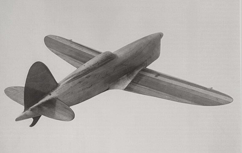 Aero A-107_1.jpg