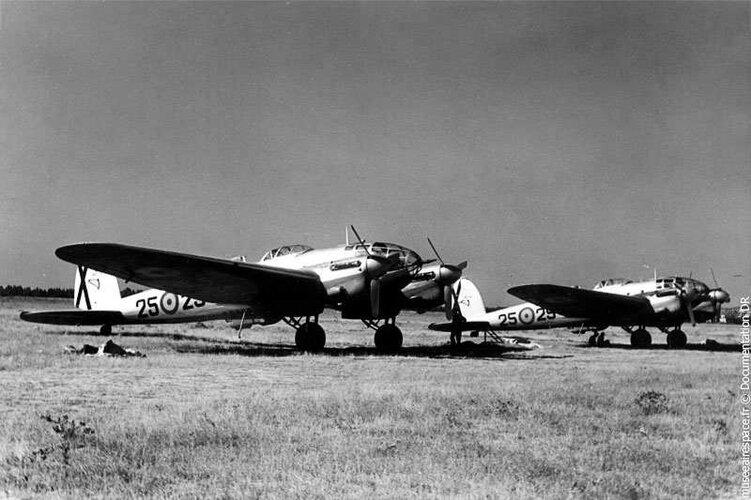 Spain Casa 2-111 (He-111) Pedro MAE coll.jpg