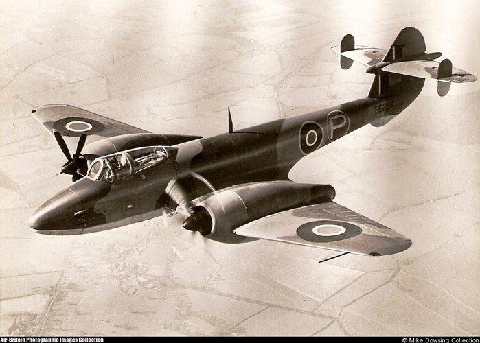 Gloster-Trent-Meteor.jpg
