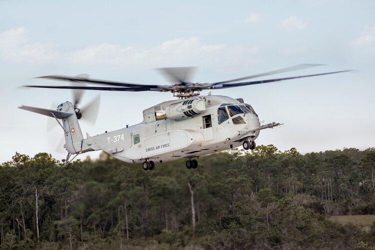 Sikorsky_CH-53K_King_Stallion_2.jpg