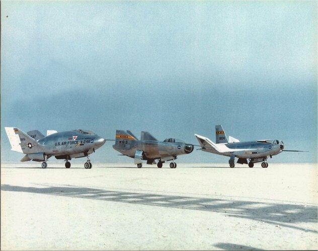 X-24 A - M2F2 - HL-10 (1).jpg