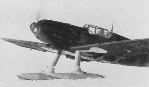 Bf 109E-8 with skis.jpg