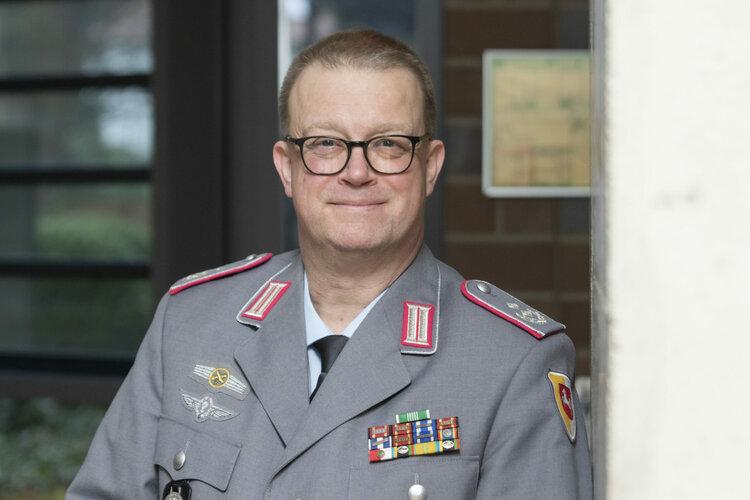 Oberstleutnant_Michael_Karl-scaled.jpg