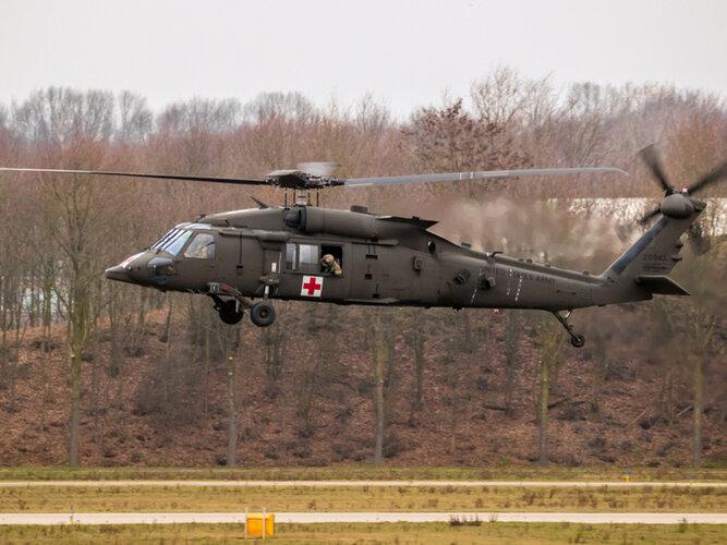 Image-2-Sikorsky-HH-60M-MEDEVAC-Black-Hawk-Helicopter.jpg