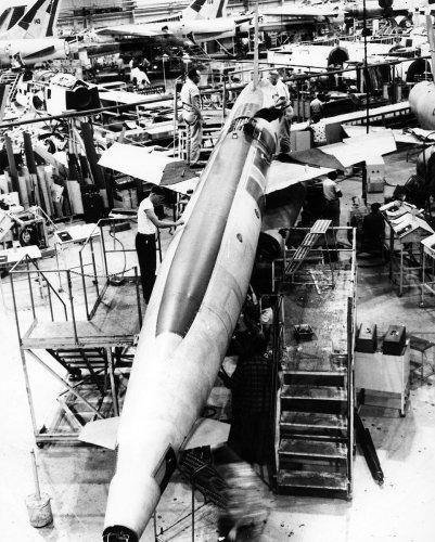 xRegulus II production line - 2.jpg