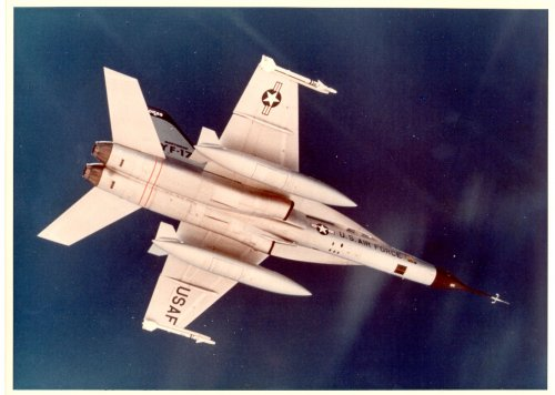 The clean underside of the Northrop YF-17 Cobra.jpg