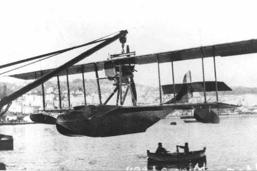 Donnet-Denhaut 150 hp flying boat in Algiers, 1918.jpg