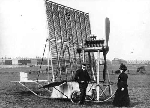 An early single-framed 'multiplane' aircraft, built after designs by Horatio Phillips (1911).jpg