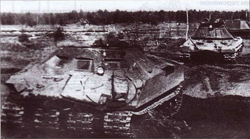 Unkown Soviet design - (possibly test vehicle for 'Object 279' Super heavy tank prototype (1957).jpg