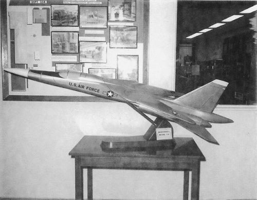 MAC Model 156_1[2].jpg