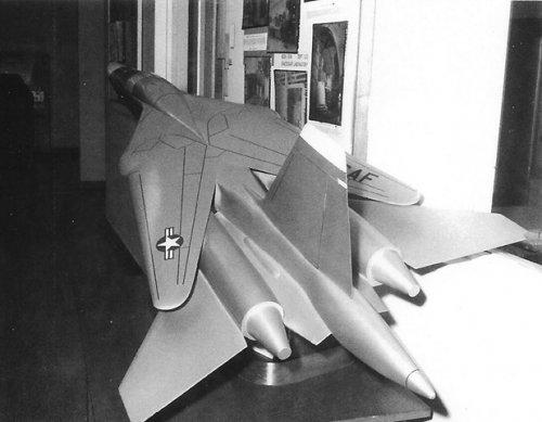 MAC Model 156_3[2].jpg